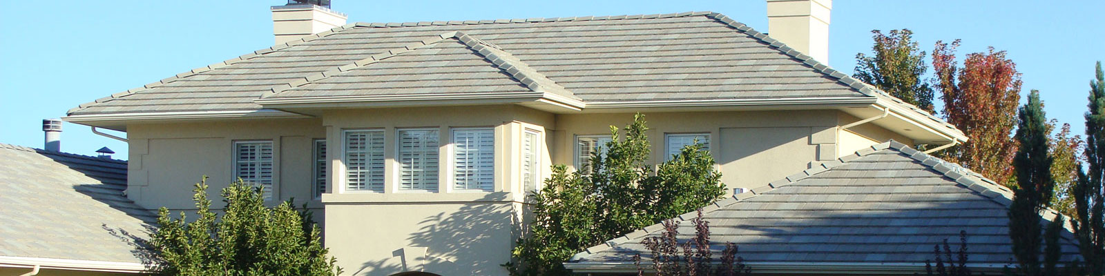 Is your stucco exterior looking a little dull. Give it a good scrub and make it shine for the summer season.